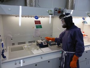 Sample Cooling Clean Room